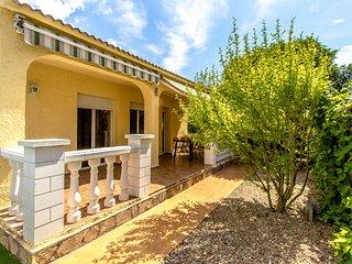 Agradable Villa Jolie con piscina privada y solo 4 km de la playa!
