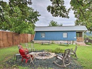 NEW! Pet-Friendly Home w/Yard, Walk to Lake Austin