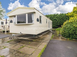 8 berth caravan for hire at Southview Holiday park Skegness ref 33021W