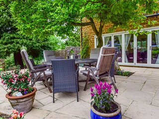 Gladstone Cottage, South Newington, Cotswolds - Sleeps 8, South Newington, Cotsw