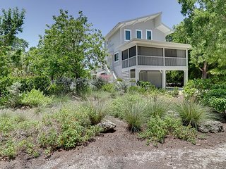 Kingfisher Cottage: WestEnd Cottage w/ Gulf Access feat. NEW Kitchen & Baths!