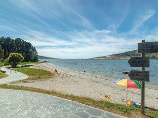 Apartamento accesible en Planta Baja cerca del mar, a 10 m. de Laxe (A Coruña).
