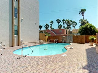 Family-friendly condo w/ patio & sparkling shared pool - steps to beach!