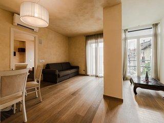 Appartamento Al Castello sorge nel centro storico di Lazise...