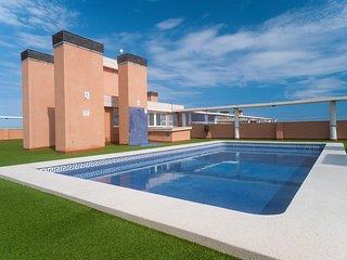 Maravilloso piso de 3 habitaciones en Oropesa del Mar, a 100 metros de la playa