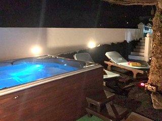 Apartamento Mi Abeto con piscina, jacuzzi y vista al mar en Macher