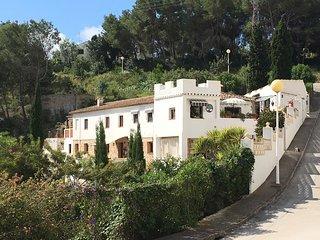 Vakantiewoning 'Masia del Barranco' een vakantie in stijl met prive Jacuzzi!
