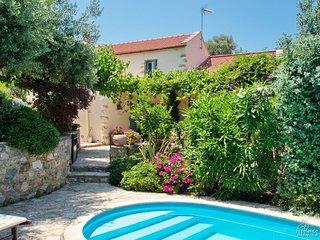 Samonas Villa Sleeps 4 with Pool Air Con and WiFi - 5228076