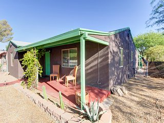 Midtown Tucson Corner Crib