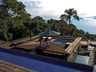 Glass house - Sofisticacao e vista panoramica na Ilhabela