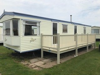 8 BERTH ON COASTFIELDS (EVERGLADE)
