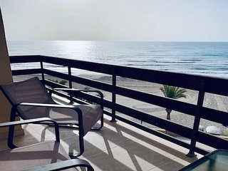 Beach front line luxury apartment, Campello