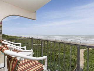 Florence I 302 - Oceanfront Balcony, Endless Views, Perfect for a Couple or