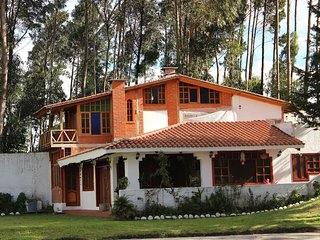 Luxuriouse Country House close to Airport, Cotopaxi and Pasochoa