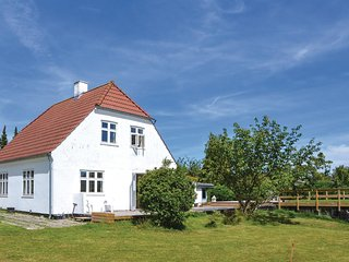 Stunning home in Hornbaek w/ WiFi and 3 Bedrooms
