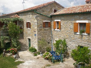 Two bedroom house Čepić (Central Istria - Središnja Istra) (K-7403)