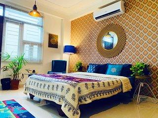 3 BHK , Jaipur Apartment stay , Aquarius Apartment near mansarovar metro station