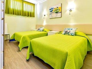 NEW! Holiday Apartment in Los Cristianos, vacation rental in Los Cristianos
