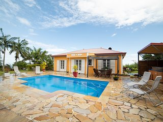 The Prestige Villa I Jacuzzi & Pool I Private Concierge I Keylodge