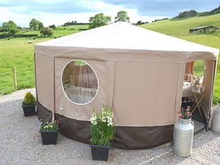 Meadow Rose Luxury 5 metre Tipt