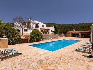 Bonita casa de campo con piscina