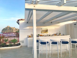 CASA INCANTO ISCHIA- Luxury Sea Rooftop Home - private parking - seaview