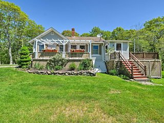 NEW! Charming East Boothbay Cottage w/ Large Yard!