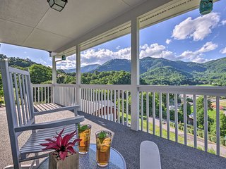 Maggie Valley House w/ Mtn Views - 1 Mi to DT