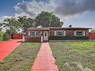 NEW-Pet Friendly Home w/BBQ, 2Mi to Deerfield Beach