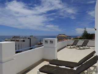 Bay View- Old Town 2Bedroom Luxury Apart| 3min Beach| Perfect location Free Wifi