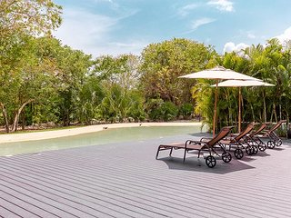 Deluxe 2 bedroom condo at Lorena Ochoa Complex Grand Coral