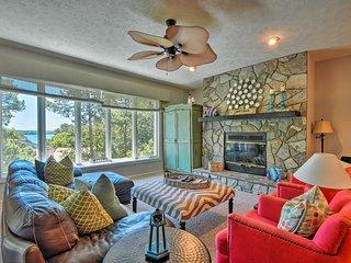 NEW-Lake Keowee Resort Condo w/ Lake Views & Pools