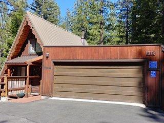 916 Kiowa Cozy Tahoe Cabin Nestled in the Forest!