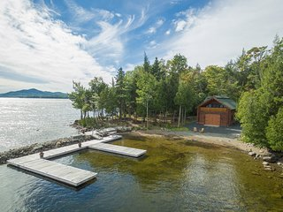 Lakefront cabin w/ private dock, beach, 2 kayaks, 2 firepits & gorgeous views!