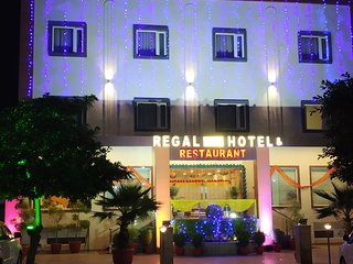 Regal Hotel & Restaurant