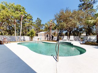 Gorgeous coastal home w/ an outdoor pool - close to everything!