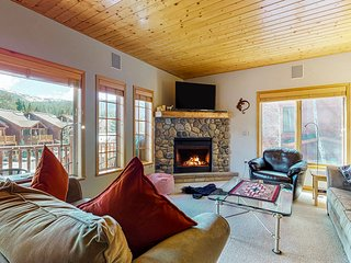 Family friendly condo w/ mountain views, gas fireplace, & a shared hot tub