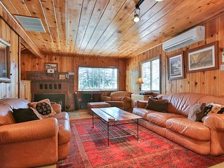 NEW LISTING! Cozy pine interior home in the heart of Government Camp!