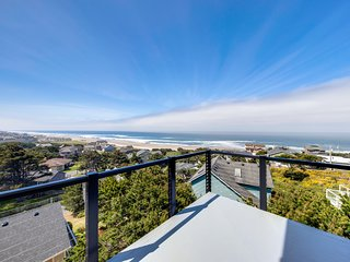 New home w/ unparalleled ocean views & private hot tub - dogs welcome!