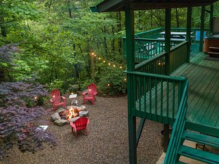 Mountain home with covered deck, hot tub, & fire pit - wood-burning fireplace!