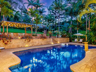 Sensom Bed & Breakfast Retreat - luxury accommodation on 6 acres of paradise.