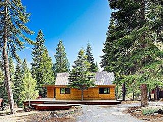 Modern Wooded Oasis w/ Private Hot Tub & Wraparound Deck, Walk to Beach!