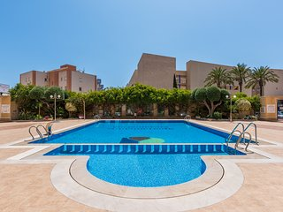 Recently renovated 2 bedroom apartment in Cabo Roig, just 200m from the sea.