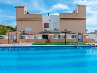 Feel at home in this 2 bed  Bungalow in Punta Prima with communal pool