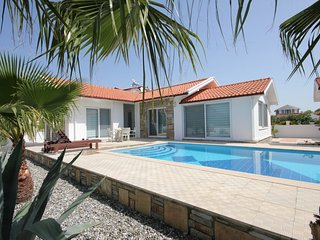 Villa Lulu - lovely 3 bed bungalow -Maras area of Dalyan