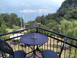 Spacious villa with garden & Wifi