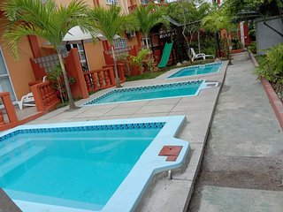 Beau Vallon 2 Bedroom with Pool