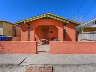 Southwestern home in a great downtown Tucson location w/ furnished patio & yard