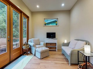 NEW LISTING! Newly built creekside home - small dogs OK!