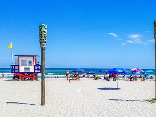 Ocean view condo w/ private balcony & WiFi - walk one block to the beach!
